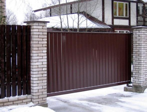 Những lưu ý khi sử dụng cổng tự động để đảm bảo an toàn